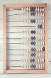 Vieil abaque de vintage sur le fond en bois Image stock