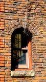 Vieil Abby Stairwell Window dans l'orange du sud photo libre de droits