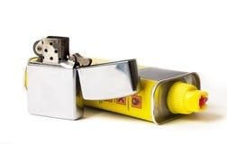 Vieil allumeur avec la recharge de carburant images libres de droits
