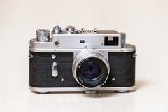 Vieil appareil-photo analogue de télémètre Image libre de droits