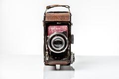 Vieil appareil-photo antique de photo d'isolement sur le blanc Photos stock