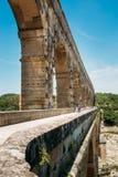 Vieil aqueduc romain antique de Pont du le Gard, Nîmes, France Images libres de droits