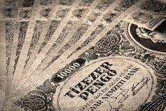 Vieil argent hongrois avec le timbre photo stock