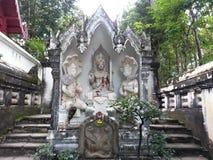 Vieil Asiatique Thaïlande de roche d'art de Budha Images libres de droits