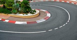 Vieil asphalte de chemin de courbure d'épingle à cheveux de gare, circuit du Monaco Grand prix Photos stock