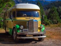 Vieil autobus de voyage Images stock