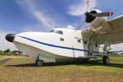 Vieil avion d'armée de l'air Photo stock
