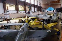 Vieil avion en Nikola Tesla Technical Museum à Zagreb image libre de droits