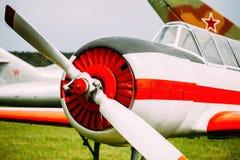 Vieil avion plat d'avions, avion Photographie stock