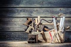 Vieil endroit de vintage de travail de charpentiers Photo stock