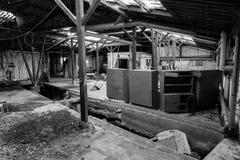 Vieil endroit industriel dans le délabrement Image libre de droits