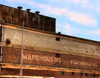 Vieil entrepôt images stock
