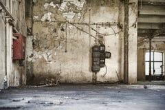 Vieil environnement d'usine, construction vide Photographie stock libre de droits