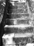Vieil escalier à la pagoda thaïlandaise, Songkhla, Thaïlande Photos stock