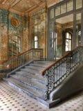 vieil escalier abandonné Image libre de droits
