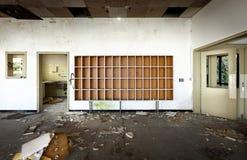 Vieil hôtel abandonné image stock