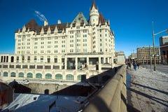Vieil hôtel grand Photos libres de droits