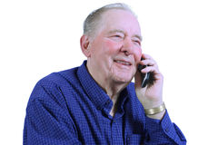 Vieil homme à l'aide du téléphone portable Photographie stock