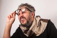 Vieil homme aveugle grincheux Images stock