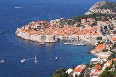 Vieil horizontal de ville de Dubrovnik Photographie stock libre de droits