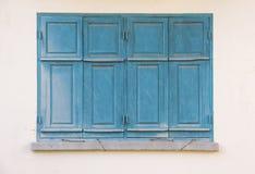 Vieil hublot bleu Photographie stock libre de droits