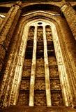 Vieil hublot d'église Image stock