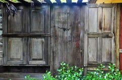 Vieil hublot en bois Photos libres de droits