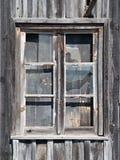 Vieil hublot en bois de grange Image stock