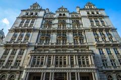 Vieil immeuble de bureaux de guerre whitehall londres r u photo