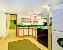 Vieil intérieur de cuisine de mode Image libre de droits