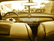 Vieil intérieur de véhicule de Chevrolet. Image libre de droits