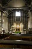 Vieil intérieur en bois d'église Photo libre de droits