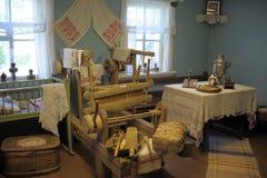 Vieil intérieur en bois de maison Photos libres de droits