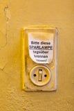 Vieil interrupteur de lampe Image libre de droits