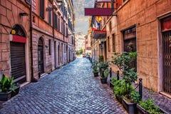 Vieil Italien Street Via di S Martino Ai Monti dans le centre ville de Rome image libre de droits