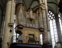 Vieil organe d'église images stock