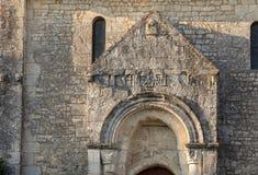 Vieille église dans la hameau de Saint Georges de Montagne près de Saint Emilion, la Gironde photo stock