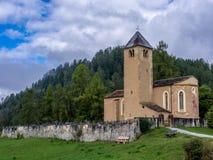 Vieille église dans les Alpes - 5 Photographie stock