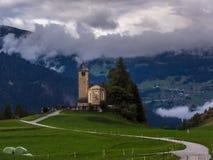 Vieille église dans les Alpes - 1 Photo libre de droits
