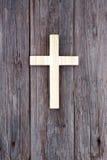 Vieille église de mur en bois chrétien croisé Photographie stock
