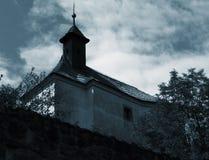 Vieille église de village Image libre de droits