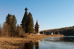Vieille église en bois Images libres de droits