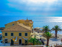 Vieille église sur la mer Photos libres de droits