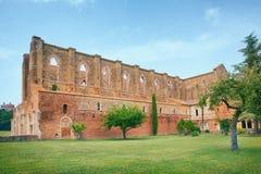 Vieille abbaye gothique - abbaye de San Galgano, Toscane, Italie photographie stock libre de droits