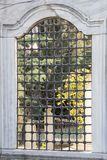 Vieille architecture de fenêtre des temps de tabouret Photographie stock
