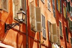 Vieille architecture de ville de Nice sur la Côte d'Azur Image libre de droits