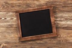 fond d 39 ardoise de tableau d 39 cole de vintage photo stock image du ardoise fond 64366480. Black Bedroom Furniture Sets. Home Design Ideas