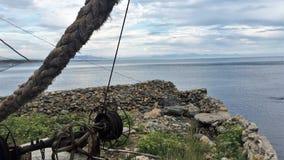 Vieille baie de pêche pendant le matin images stock