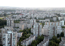 Vieille banlieue à Vilnius Photos libres de droits