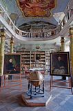 Vieille bibliothèque Photos libres de droits